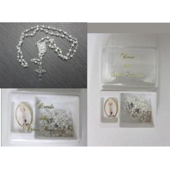 Box con rosario e spilla